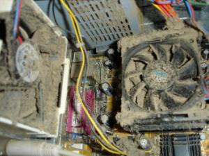 Как почистить корпус системника? Опасность чистки компьютера пылесосом