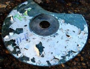 Как восстановить информацию с повреждённого CD-диска?